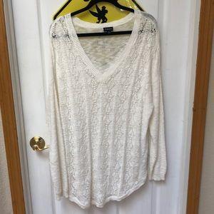 Torrid Size 2 Cream Knit Sweater